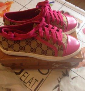 Женская обувь Размер 37-й новая обувь