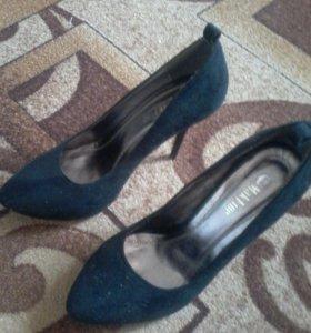 Туфли замшевые б/у
