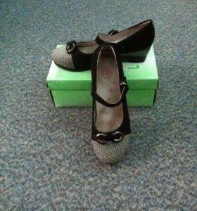 Туфли для девочки р35-36
