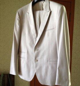 Мужской стильный костюм, размер 54, рост 185-90