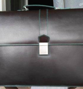 Кожаный портфель  Carlo Pazolini