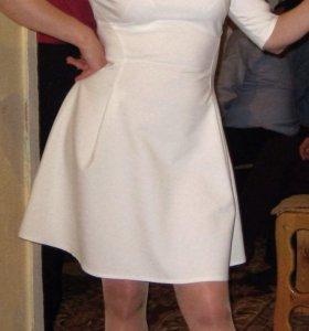Платье 44-46 разм.