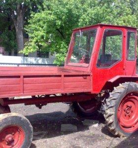 Трактор т- 16 ,косилка, запчасти б/у на ВАЗ 2106