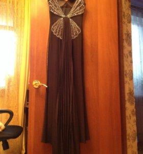 Продаётся вечернее платье  в отличном состоянии