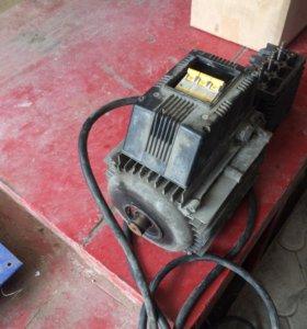 Электро двигатель на Керхер 380 вольт