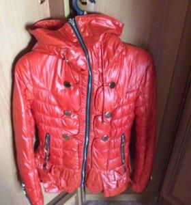 Куртка 44 новая весна осень