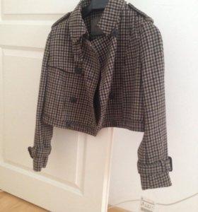 Пальто укорочённое Zara новое