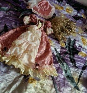 Вещи от фарфоровой куклы