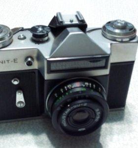 Фотоаппарат Zenit - Е с футляром