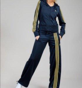 Спортивный костюм Adidas Originals. Новый!!!