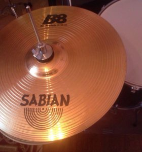 Ударная тарелка Sabian . Канада.