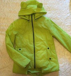 Куртка одевалась один раз р.42-44 (тоненькая)