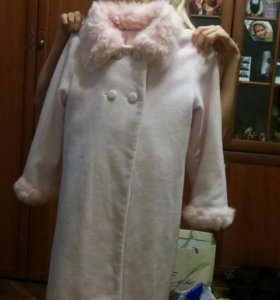 Пальто детское  110-116, до 134 подходит