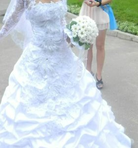 Красивое свадебное плптье