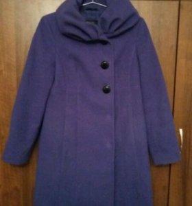 Пальто( возможен торг)