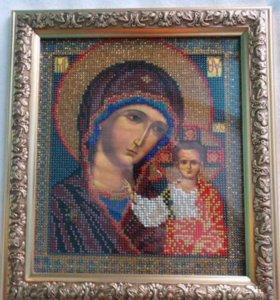 Вышитая бисером икона Казанская Богородица