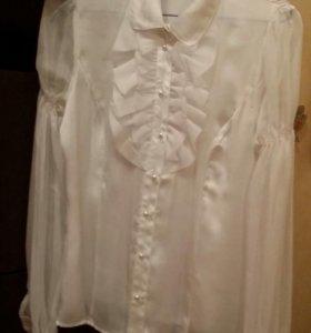 Блузка белая 42 р