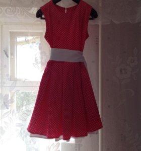 Платье ярко розовое 46размер