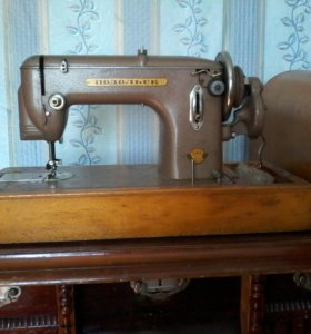 Машина швейная ручной привод