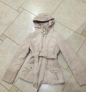 Куртка бежевая осень-весна 42-44