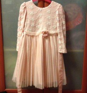 Нарядное платье для девочки на рост 122