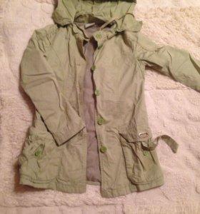 Курточка- ветровка на осень