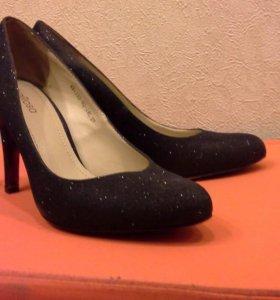 Обувь женская 36 - 37 размер