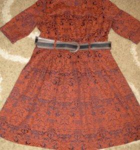 Продам платье 52р.