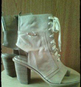 П-ботинки36 или 37размер