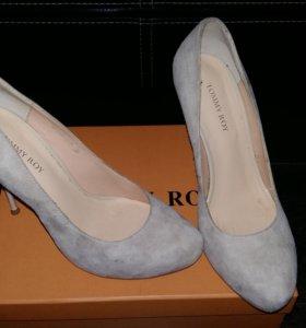 Новые туфли Tommy Roy