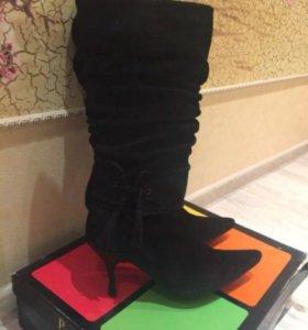 Замшевые сапоги Paolo Conte