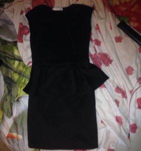 Платье ,размер M