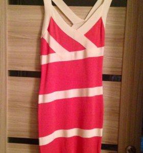 Коктейльное платье 44
