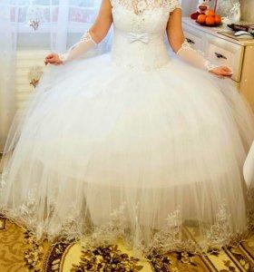Свадебное платье 46-50р-р + перчатки+ украшения!!!