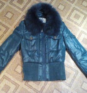 Куртка женская новая р-42-44 с натуральным мехом