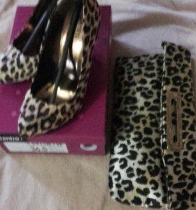 Почти новые туфли +клатч и в подарок шарфик в тон