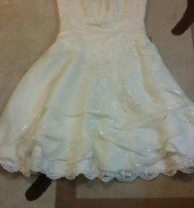 Короткое вечернее или  свадебное платье. Размер 48