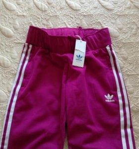 Новые брюки Adidas