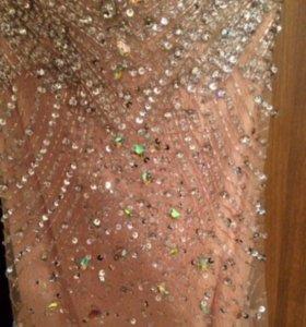Платье от Jovani
