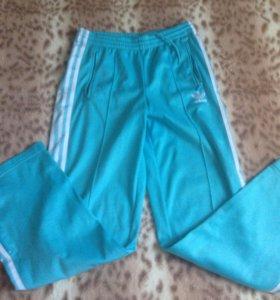 Спортивные штаны Adidas 42-44р( оригинал)