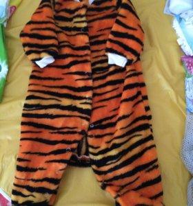 Шикарный комбинезончик Тигра