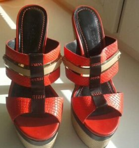 красивая обувь.