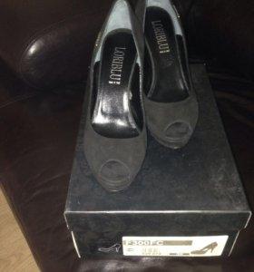 Туфли Loriblu 36 размер новые!!!