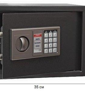 Сейф N7 (код+ключ)