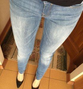 Джинсы женские Zara (размер 36)