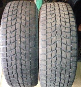 2 Шины Dunlop 245/65/r 17