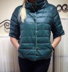Куртка р-р 42