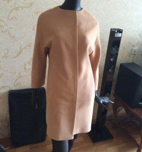 Пальто женское новое бежевое