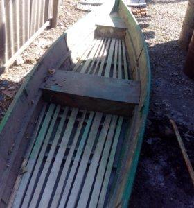 Лодка охотничья