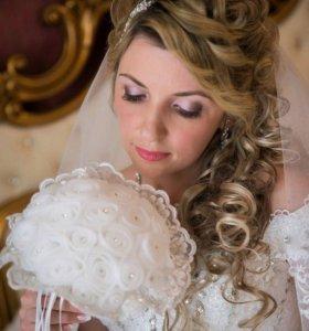 Свадебные и вечерние прически и макияж